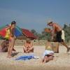"""На Бердянских пляжах вездесущие """"коробейники"""" предложат широкий выбор  напитков и продуктов!"""